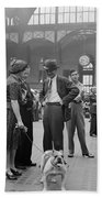 Admiring The Dog At Penn Station 1942 Hand Towel