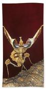 African Devil Mantis Bath Towel