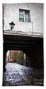 Ancient Alley In Tui Bath Towel