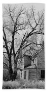 Art Homage Andrew Wyeth Abandoned 1930's Farm House Near Aberdeen South Dakota 1965-2012 Bath Towel