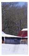Barns And Horses In Winter Bath Towel