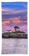 Battery Point Lighthouse And Moon Bath Towel