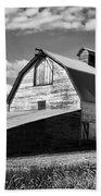 Big Barn Near Ellensburg Washington 2 Bath Towel