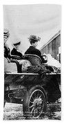 Car Race, 1908 Bath Towel