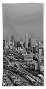Chicago Looking North 01 Black And White Bath Towel