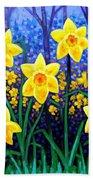 Daffodil Dance Bath Towel