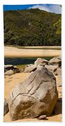 Granite Boulders In Abel Tasman Np New Zealand Bath Towel
