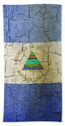 Grunge Nicaragua Flag Bath Towel