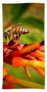 Honey Bee Profile Bath Towel