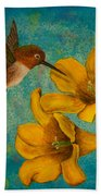 Hummingbird With Yellow Jasmine Bath Towel