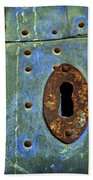 Keyhole On A Blue And Green Door Bath Towel