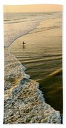 Last Wave - Lone Surfer Waiting For The Perfect Wave In Huntington Beach Bath Towel