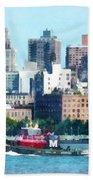 Manhattan - Tugboat Against Manhattan Skyline Bath Towel