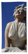 Marilyn Monroe Statue 2 Bath Towel