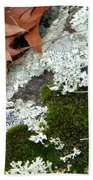Mossy Leaves Bath Towel