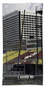 Oil Painting - Floating Platform And Construction Site In The Marina Bay Area Bath Towel