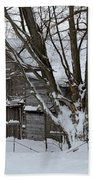 Old Barn In Winter Bath Towel