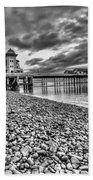 Penarth Pier 2 Mono Bath Towel