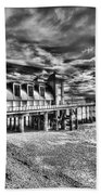 Penarth Pier 6 Monochrome Bath Towel