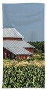 Red Amish Barn And Corn Fields Bath Towel
