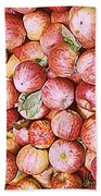 Red Apples With Green Leaf Bath Towel