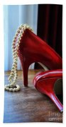 Red Shoes And Pearls Bath Towel