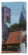 Ribe Catedral  Bath Towel
