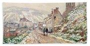 Road In Vetheuil In Winter Hand Towel
