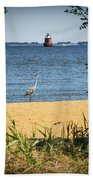 Sandy Pt Shoal Lighthouse And Blue Heron Bath Towel