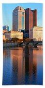 Scioto River And Columbus Ohio Skyline Bath Towel