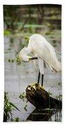 Snowy Egret In Swamp Bath Towel
