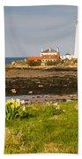 St Marys Lighthouse With Daffodils Bath Towel