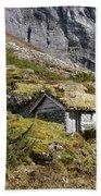 Stavbergsetra - Cowherd Huts Bath Towel
