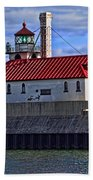 Superior And Duluth Harbor Lighthouse Bath Towel