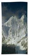 1m4503-three Peaks Of Mt. Index Bath Towel