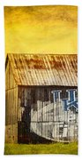 Tobacco Barn In Kentucky Bath Towel
