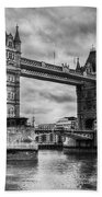 Tower Bridge In London Uk Black And White Bath Towel