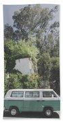 Travelling Vintage Wander Wolkswagen.  Bath Towel