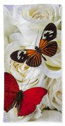 Two Butterflies On White Roses Bath Towel