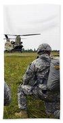 U.s. Army Paratroopers Prepare To Board Bath Towel