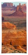 Valley Of Monuments At Dawn Bath Towel