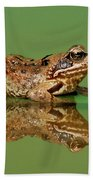 Common Frog Rana Temporaria Bath Towel