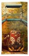 Lake Winnipesaukee New Hampshire Railroad Train In Autumn Foliage Bath Towel