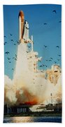 Launch Of Space Shuttle Challenger 51-l Bath Towel