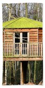 Luxury Tree House In The Woods Bath Towel