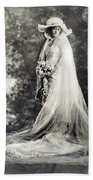 New York: Bride, 1920 Bath Towel