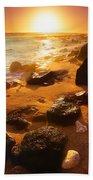 Rocky Shoreline In Hawaii Bath Towel