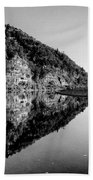 Round The Bend Buffalo River In Black And White Bath Towel