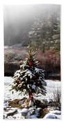 Small Christmas Tree Filtered Bath Towel