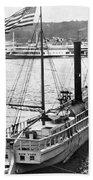 Steamer In The Hudson River - New York - 1909 Bath Towel